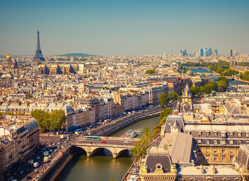 Depuis une quinzaine d'années environ, la France ne cesse de décliner sans provoquer la moindre inquiétude, ni de la part des gouvernements qui se sont succédé, ni du côté des professionnels - Depositphotos.com sborisov