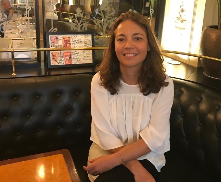 """Anne Bouferguène : """"J'ai un bon job, je suis reconnue dans ma profession. J'ai la chance d'avoir réussi et ce n'est jamais un hasard, à m'associer à cette équipe de Voyageurs du Monde, qui est quand même une équipe atypique du monde du tourisme et de l'entreprise en général"""" - Photo DG"""