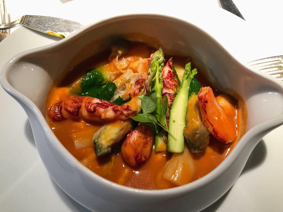 Cookpot de homard bleu et asperges blanches du Blayais /crédit photo JDL