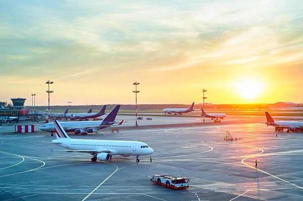 Aérien : le SNPL menace d'une grève dans plusieurs compagnies en mai 2019 - Crédit photo : Depositphotos @joyfull