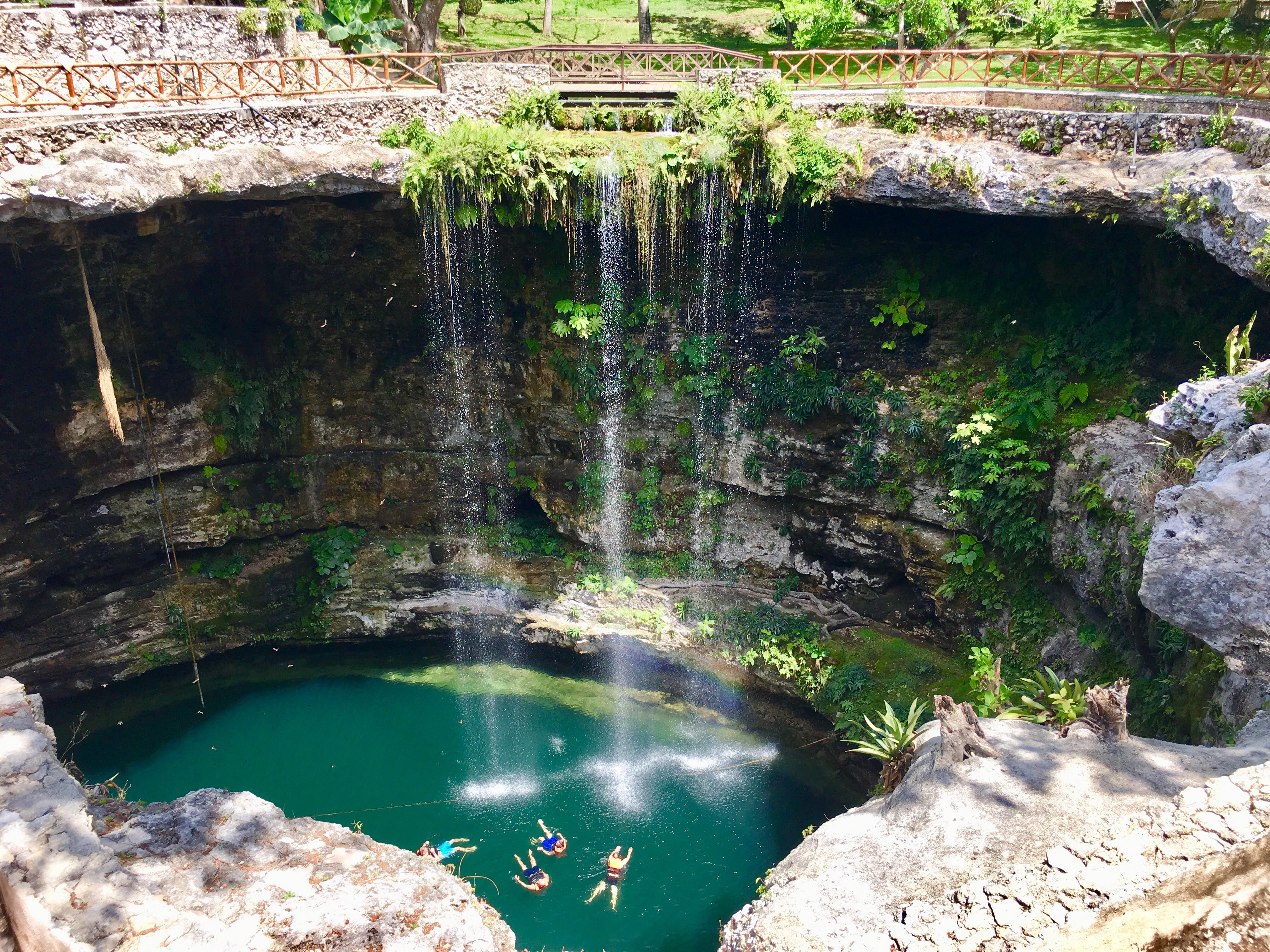 Détente dans un cenote © Laurie Medina