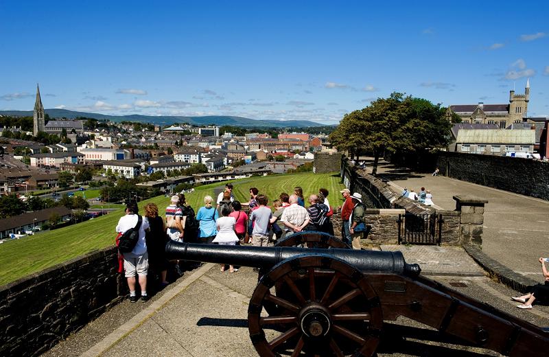 L'Irlande du Nord profite du succès de la série Game of Thrones, véritable outil de promotion de la destination. En 2018, l'île a accueilli 549 000 visiteurs français - DR : OT Tourisme Irlandais