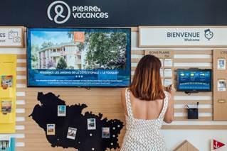 Parmi les éléments phares, un mur regroupant toutes les informations utiles au séjour - DR : P&V