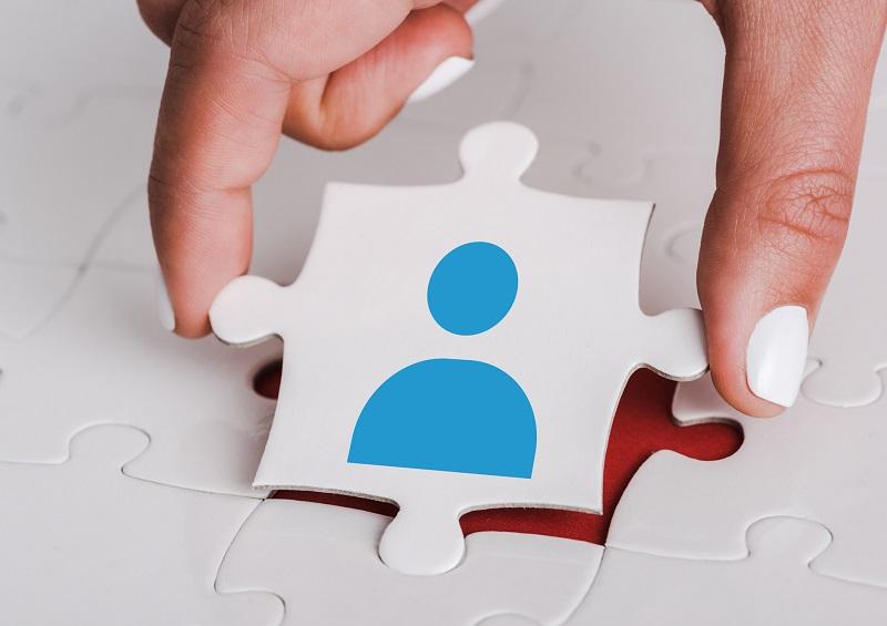 Reconnaître les besoins des individus et y répondre permet de favoriser le bonheur au travail Depositphotos.com AndrewLozovyi