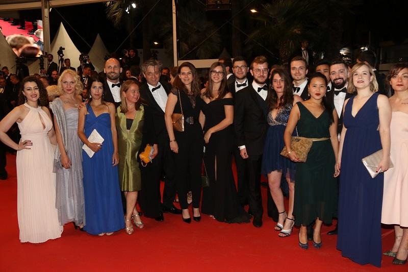 Les étudiants de la première promotion de LéCOLE ont gravi les marches de l'édition 2019 du Festival de Cannes. Ils intégreront le marché du travail à l'issue de leur formation en juillet 2019. - DR LéCOLE.