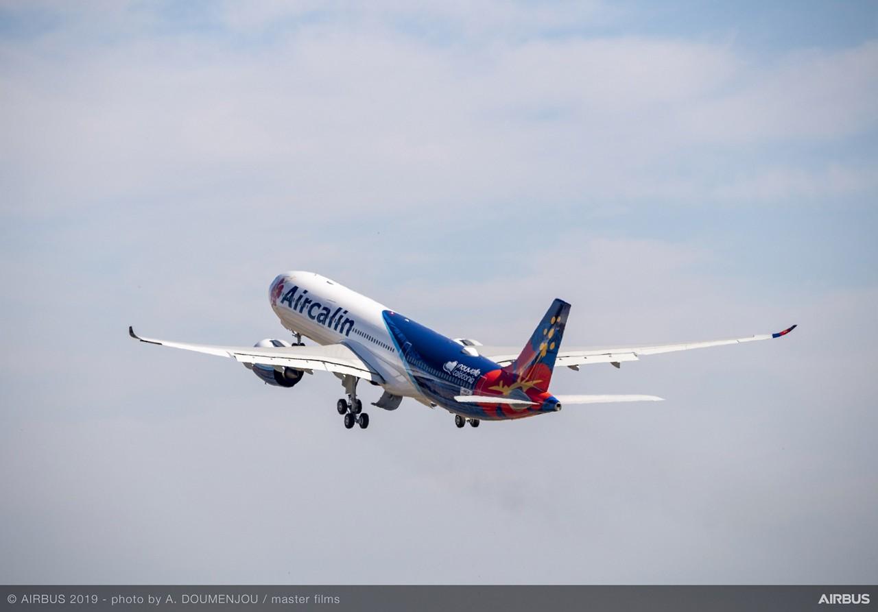 Le premier Airbus A330neo d'Aircalin, lors de son premier vol à Toulouse © Airbus 2019, A Doumenjou