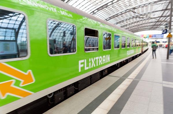 """""""Il existe une complémentarité très forte entre le train et le bus, sans se cannibaliser"""" pense Yvan Lefranc-Morin - Crédit photo : Flixbus"""