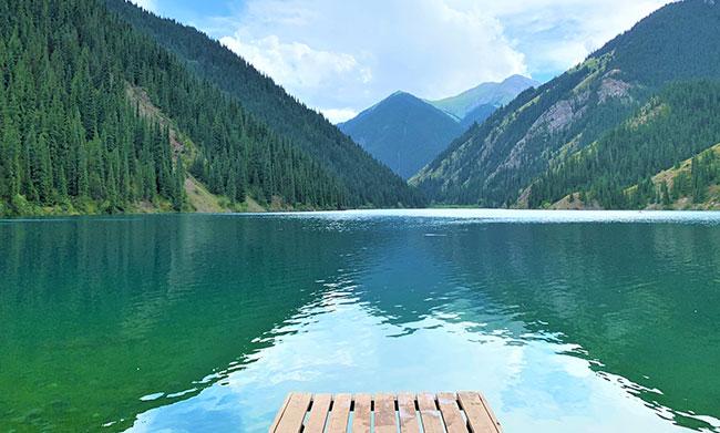 Les lacs des rocheuses ? Non, Lac Kolsai à quelques encablures d'Almaty