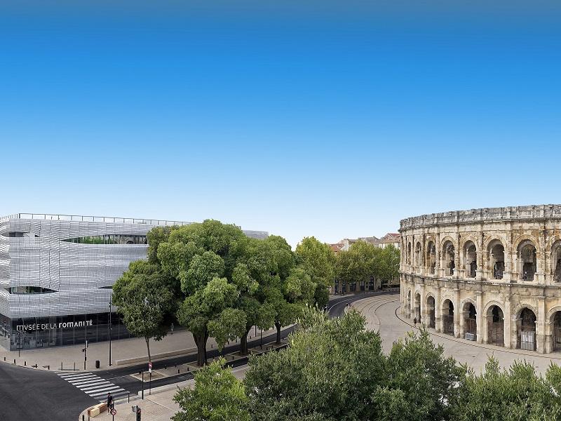 Arènes et Musée de la Romanité©Stephane Ramillon – Ville de Nîmes