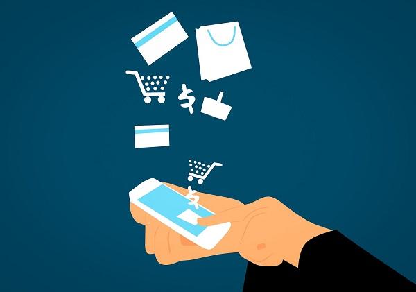 Le baromètre de la Fevad met en relief un accroissement des achats sur mobile, mais aussi une baisse du panier moyen - Crédit photo : mohamed Hassan de Pixabay