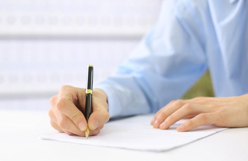 Un CV bien renseigné conviendrait donc très bien aux professionnels du recrutement - Depositphotos.com