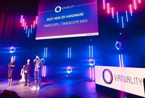 Timescope a reçu le prix du Meilleur Nouveau Hardware XR pour sa borne Timescope Mini - crédit photo : Timescope