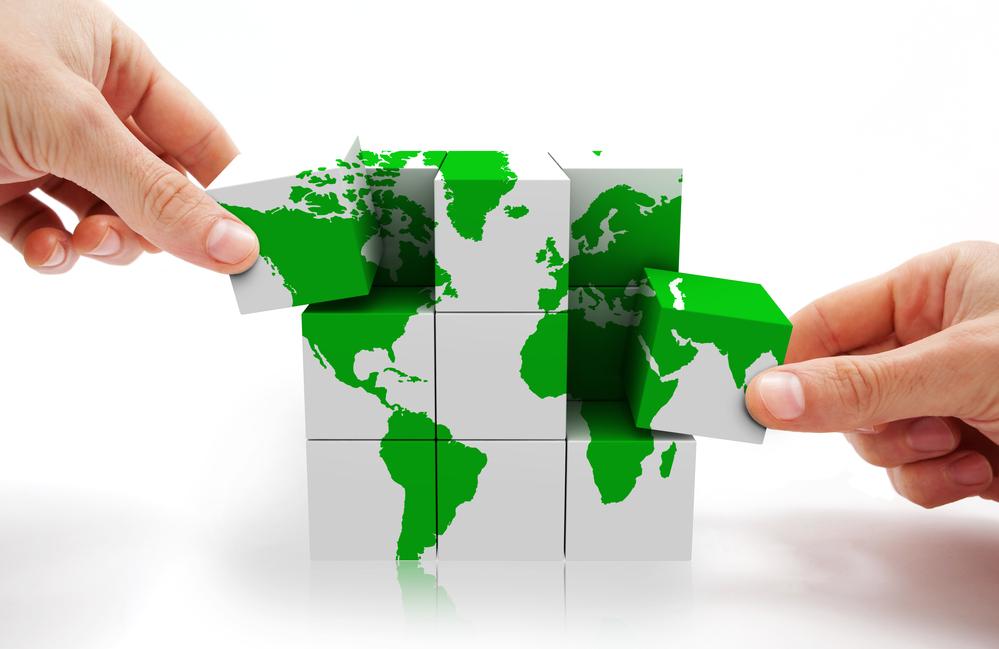 """Il y a cependant quelque chose de positif dans ce grand """"déballage"""" : on parle enfin du tourisme durable ! /crédit DepositPhoto"""