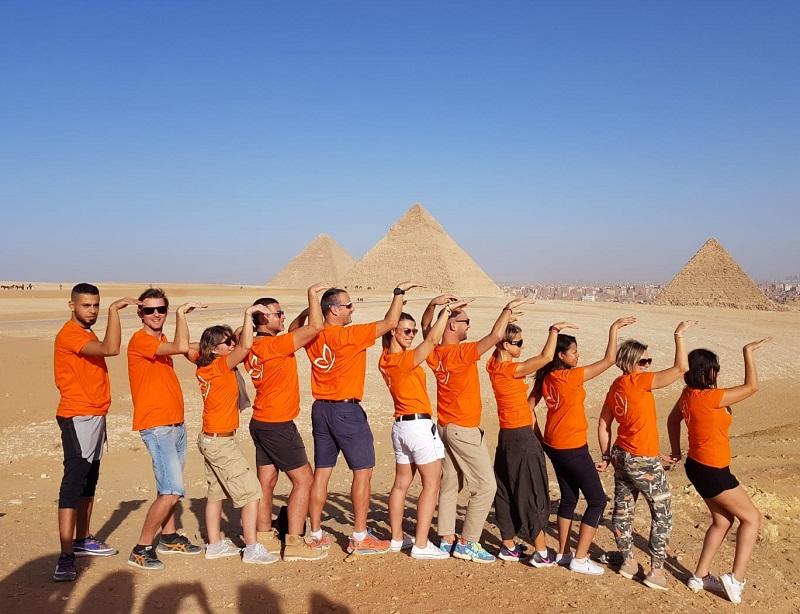Une partie des équipes de Top of travel en Egypte, le 26 novembre 2019, pour le lancement de la nouvelle production - DR : A.B.
