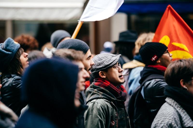 Cette grève entend protester contre la réforme des retraites, fameuse réforme dont on ne connait pas encore les modalités et qui concerne principalement les régimes dits « spéciaux » notamment la SNCF, la RATP - Depositphotos.com ifeelstock