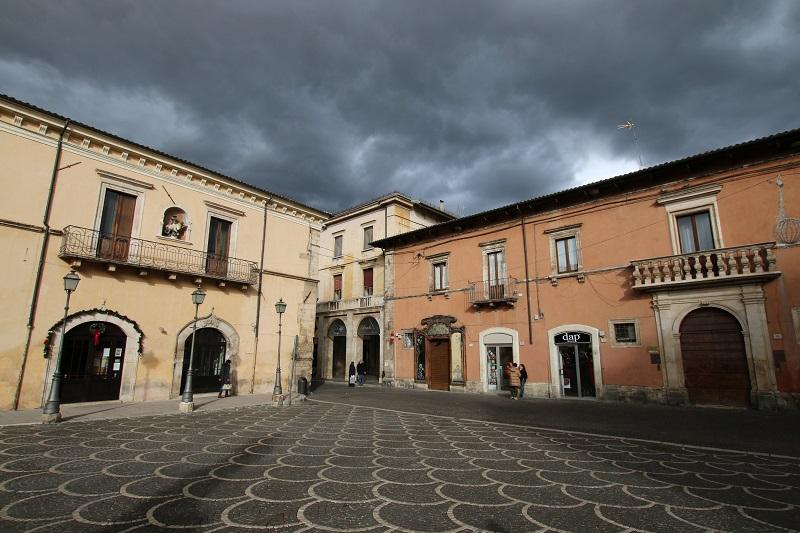 La région des Abruzzes garde des séquelles du tremblement de terre de l'Aquila en 2009 mais elle s'est reconstruite - DR : J.-F.R.