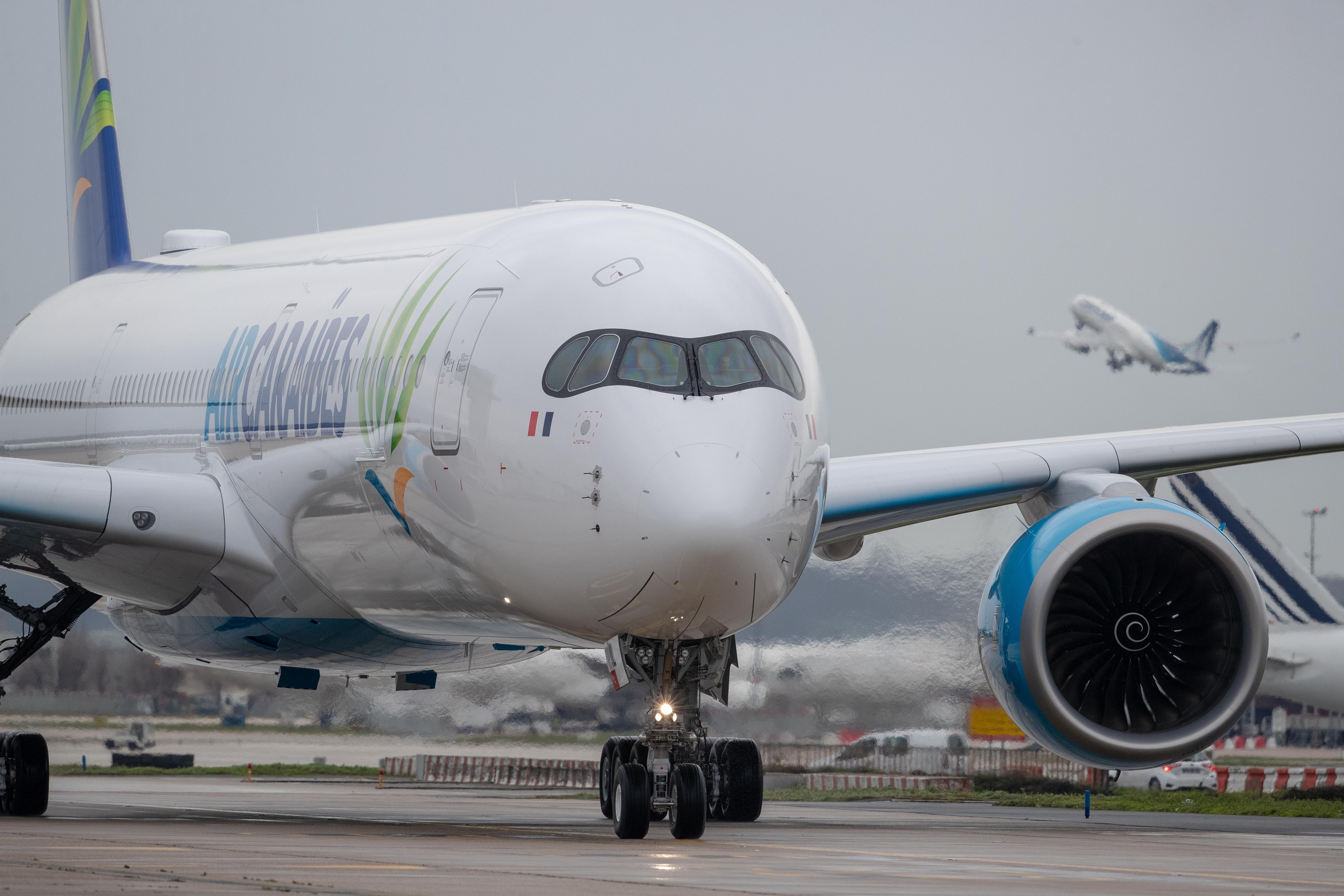 Le 1er A350-1000 français sera positionné entre Orly 4 et les Antilles © Air Caraïbes – Harold Asencio