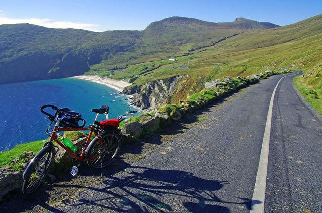 Bay Coast - Achill Island Co Mayo- Copyright Tourisme Irlandais
