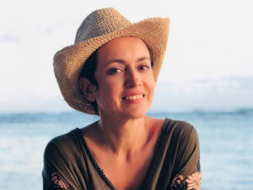 Sophie Jovillard, présentatrice de l'émission Echappées Belles et célèbre globe-trotteuse - DR