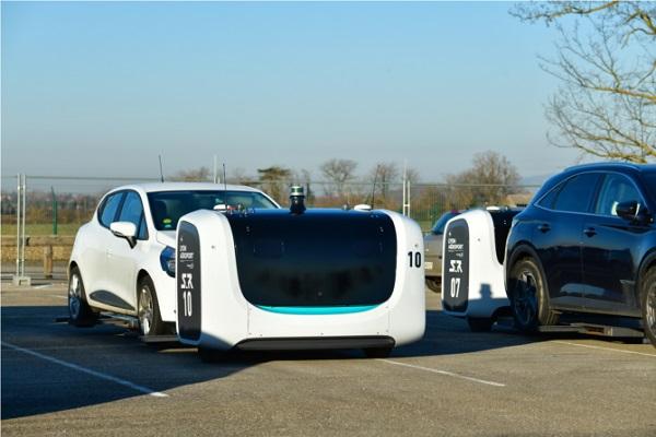 L'Aéroport de Lyon a décidé de passé de 500 à 2 000 places son parking robotisé - Crédit photo :  Eric Soudan/Lyon Aeroport