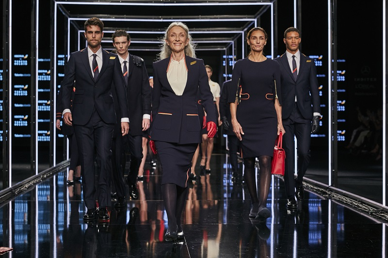 Iberia présent ses nouveaux uniformes à la Fashion Week de Madrid  - Crédit photo : Iberia