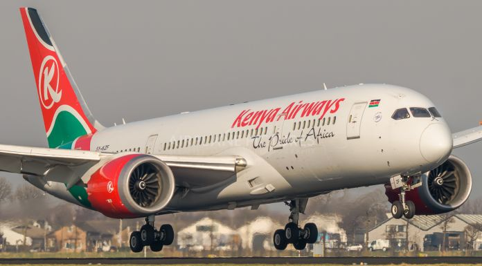 Un 787 dreamliner de Kenya Airways © Airplane-Pictures.net