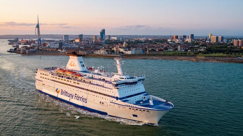 Brittany Ferries représente chaque année 2 millions de passagers pour 450 millions d'euros de chiffre d'affaires - Crédit photo : Brittany Ferries