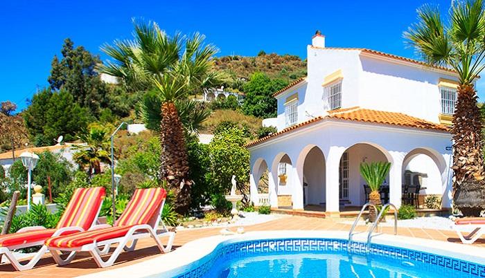 Leader Européen de la location de vacances, Interhome fait partie du groupe Hotelplan, bien connu des agences de voyages. - DR