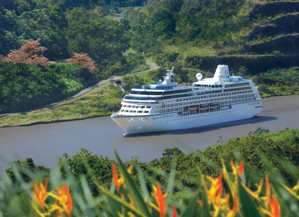 L'Oceania Regatta à Panama - DR : Oceania Cruises