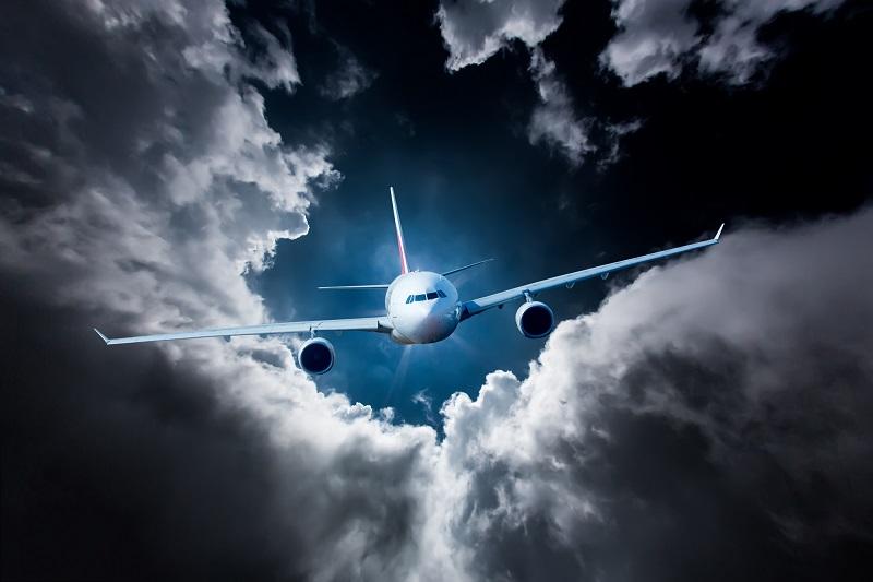 En quelques jours le coronavirus a balayé Greta au hit parade des pires cauchemars du transport aérien et s'apprête à faire de l'année 2020 l'Annus Horribilis du transport aérien - Depositphotos.com cookelma