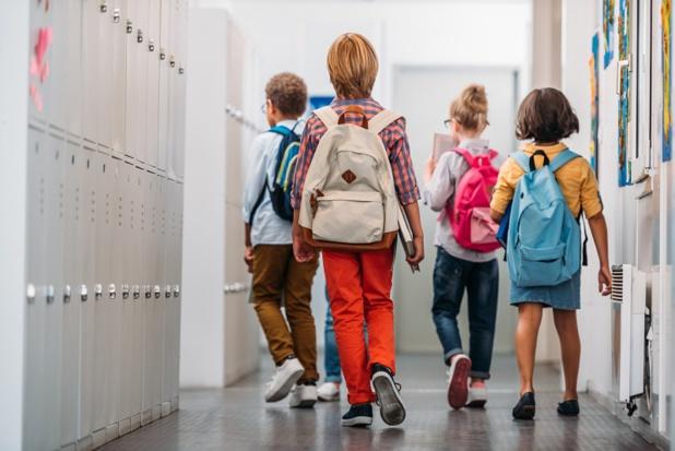 A ce jour, les organisateurs de voyages scolaires ont déjà perdu plus de 25% de leur chiffre d'affaires annuel soit plus de 4 000 voyages annulés - Depositphotos, ArturVerkhovetskiy