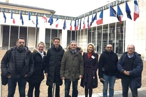 La délégation reçue à Bercy - DR