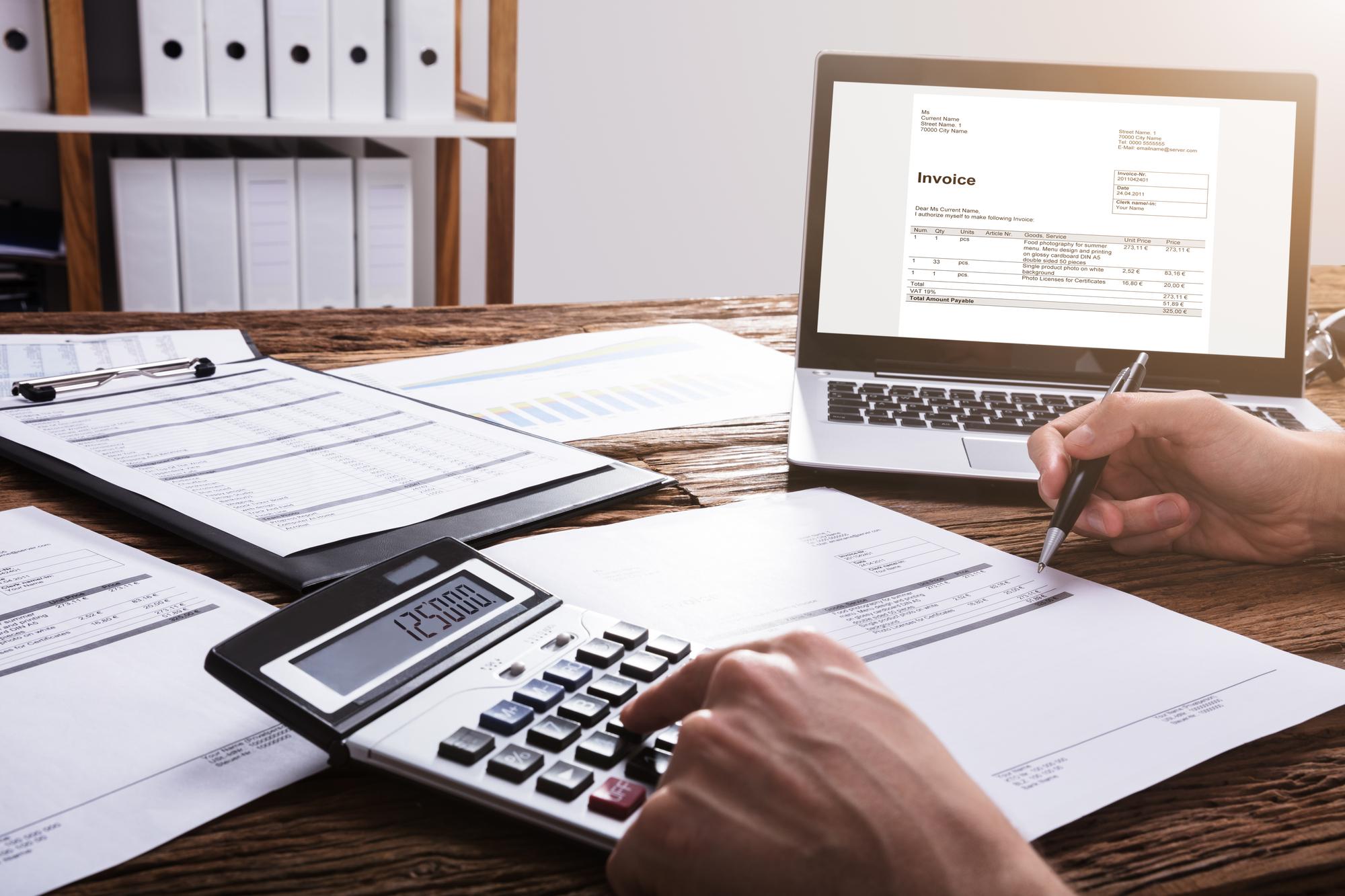 Les entreprises vont pouvoir demander un remboursement anticipé des créances d'impôt /crédit DeposiotPhoto