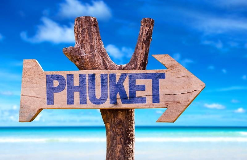 Après la fermeture des plages, le gouvernment vient d'interdire toute sortie ou entrée sur l'île de Phuket - Crédit photo : Depositphoto @gustavofrazao