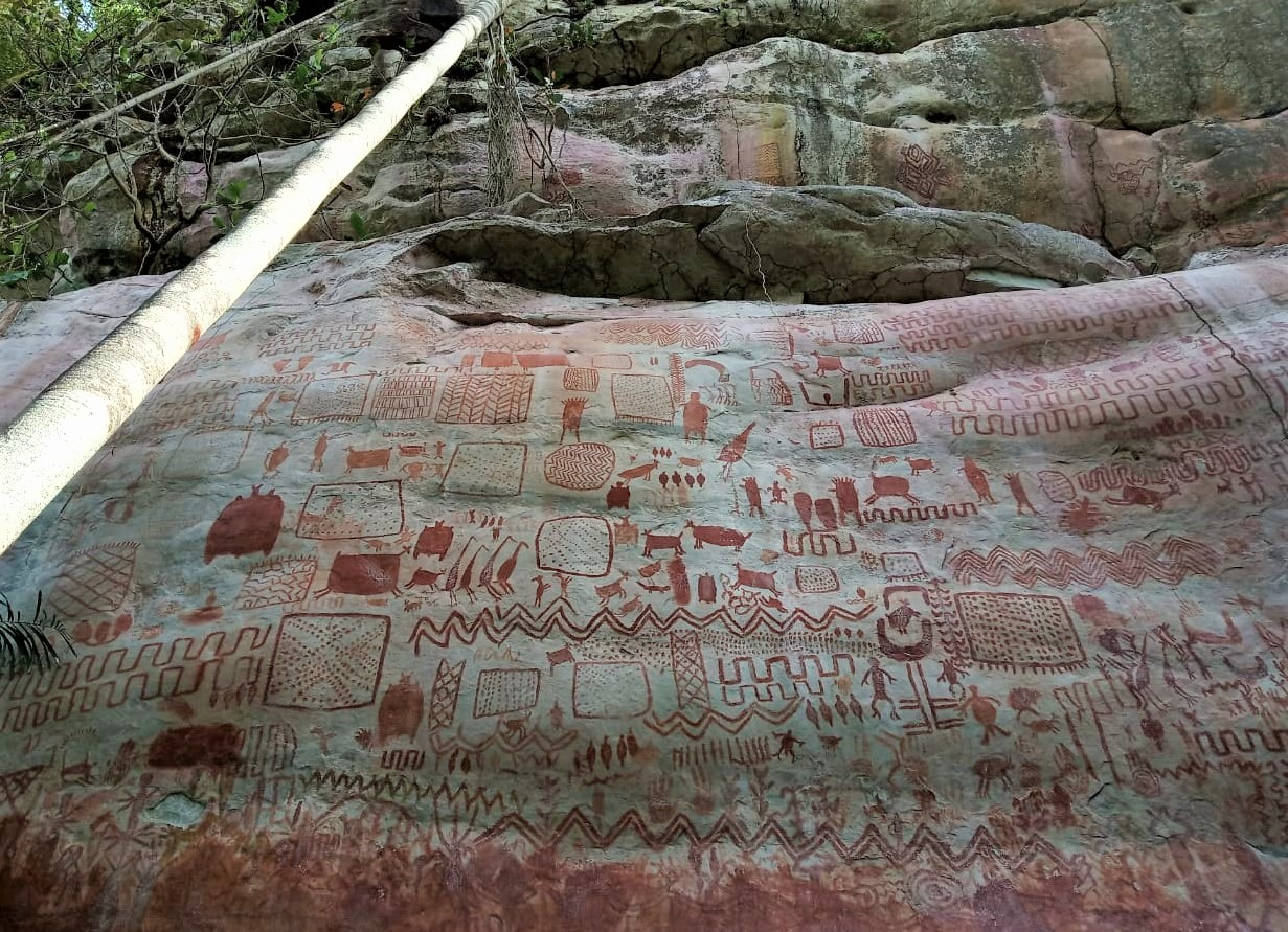Un exemple de peintures rupestres visibles dans la région du Guaviare - Crédit photo : JR