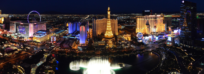Vue sur le Strip à Las Vegas-DR Office de tourisme de Las Vegas