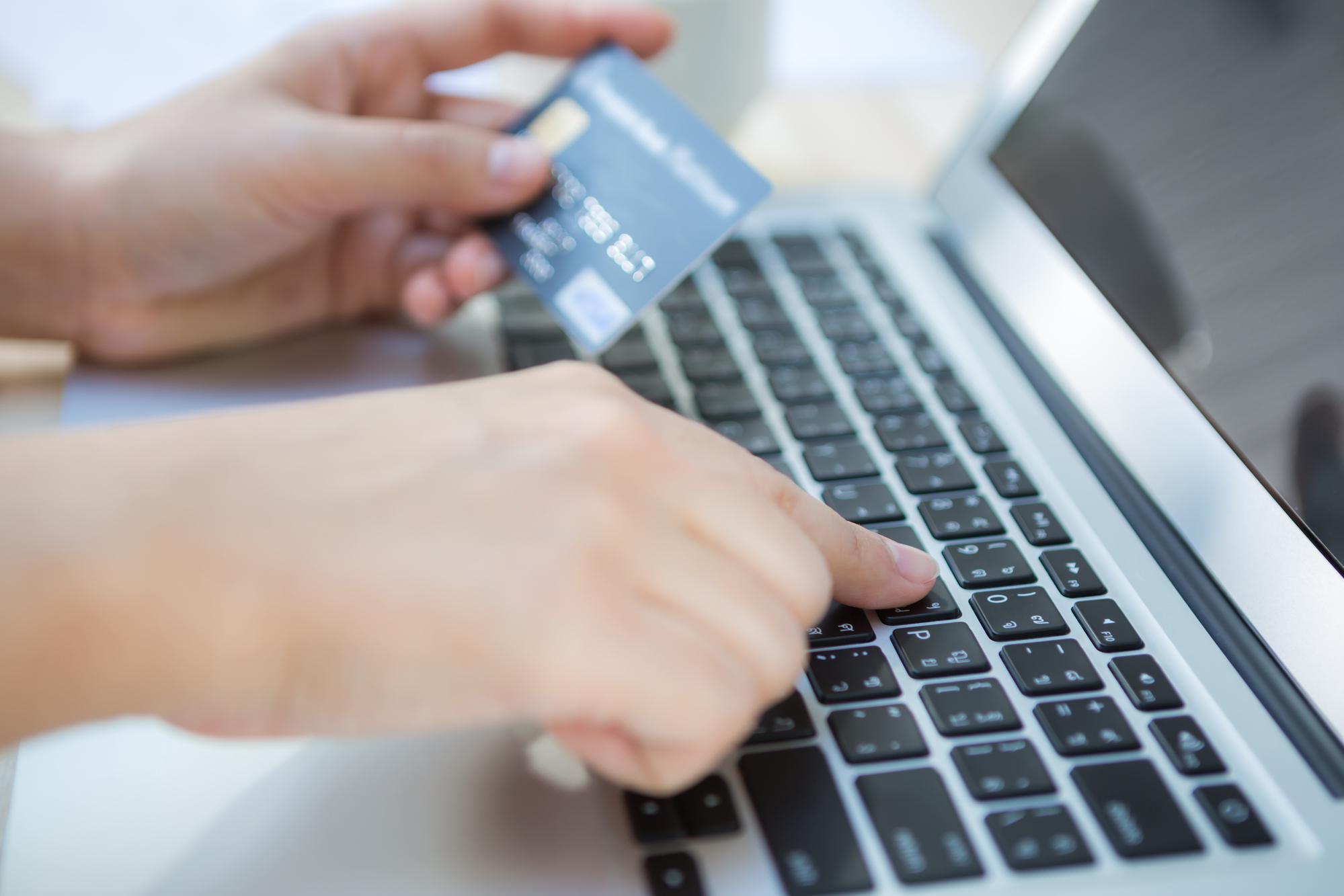 Les compagnies proposent d'ores et déjà à la vente des réservations vers des pays et destinations qu'elles ne sont absolument pas sûres de pouvoir desservir... - DR : DepositPhotos