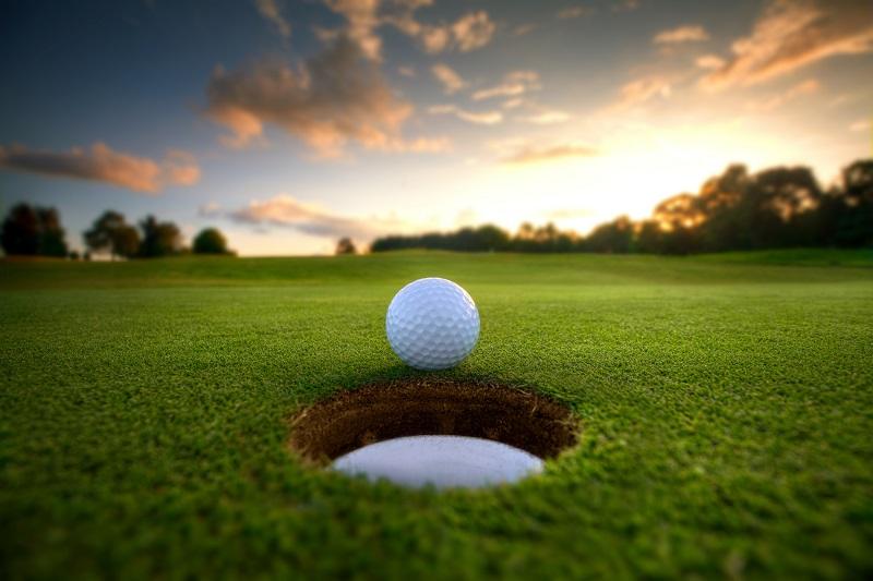 Le groupe Barrière annonce l'ouverture de 3 parcours de Golf - Depositphotos.com kevron2002