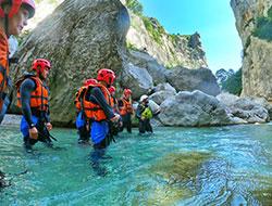 Randonnée aquatique  dans le canyon du Verdon - La Toupie Bleue.