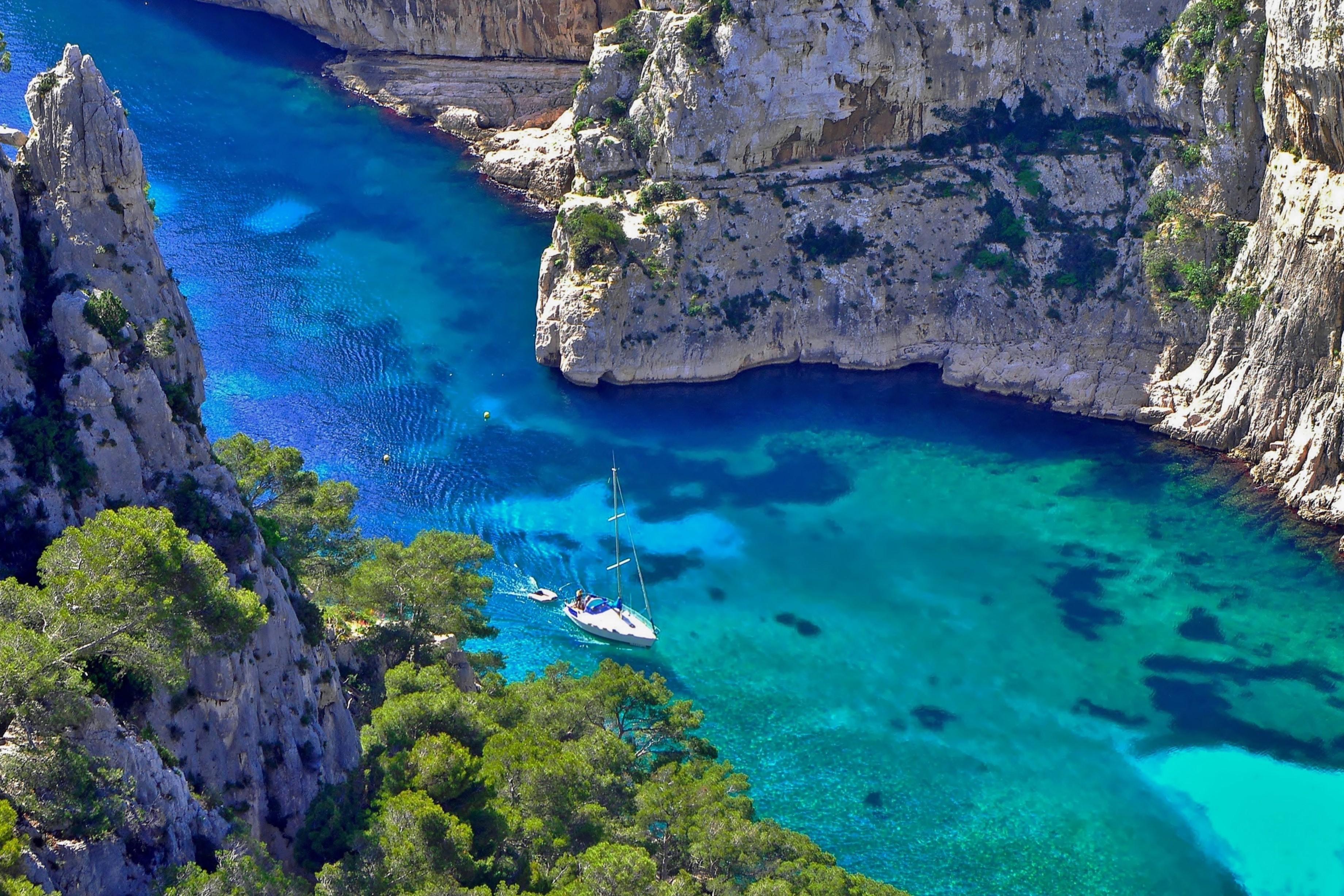 La calanque d'En-Vau est considérée comme l'une des plus belles plages d'Europe - DR : Mouiton.A - CRT PACA