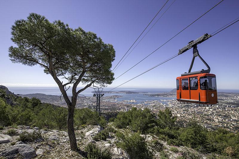 Téléphérique du Mont Faron - Rade de Toulon / DR Office de Tourisme Provence Méditerranée – Julien Mauceri Photographe