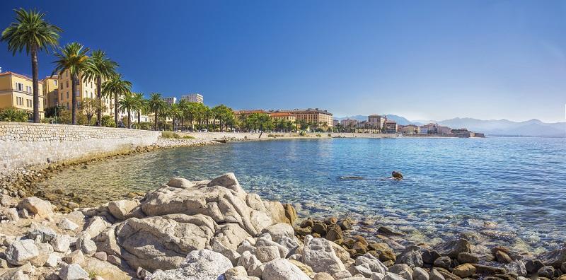 L'association des hôteliers du Golfe d'Ajaccio regroupent la totalité des hôtels et résidences de tourisme à Ajaccio, et la plupart d'entre eux dans les communes limitrophes - Depositphotos.com gevision