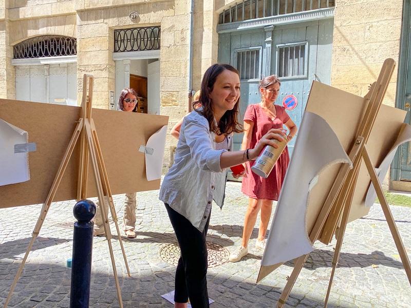 Parmi les 10 activités proposées par Bordeaux en français, découverte et initiation au street art - DR : Voyage en français