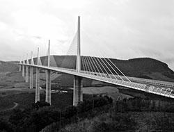 DR Les Clés de l'Aubrac / Viaduc de Millau