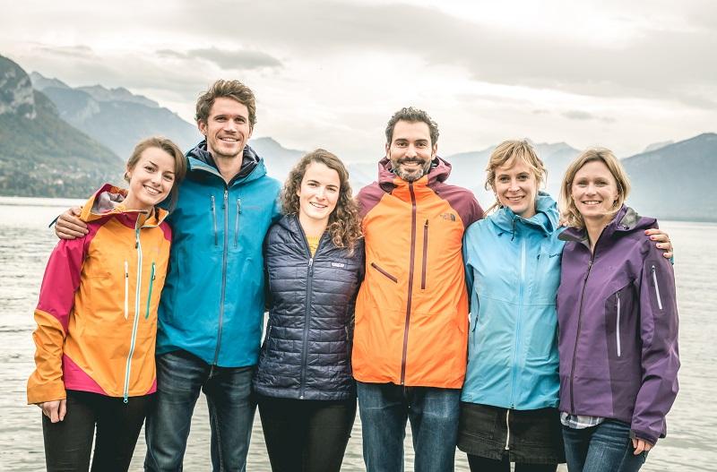 Une partie de l'équipe. Stanilas Gruau en veste bleue - DR Explora Project