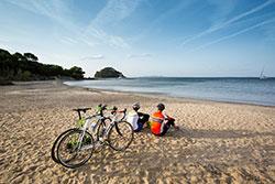 Balade à vélo sur les plages de la Côte d'Azur - DR Schanze.R