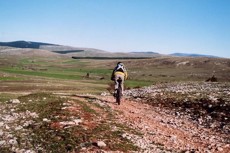 L'agence s'est donné pour objectif de faire découvrir la région à partir d'activités outdoor. Ici, sur le causse Méjean - DR : Languedoc Nature