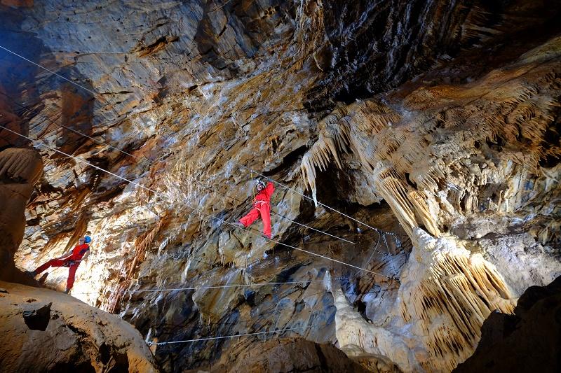 Nous proposons de découvrir l'Aude souterraine... avec la nouvelle accrogrotte de Cabrespine, expérience riche en émotion visuelle, mais également en sensations fortes - DR : M. Randa