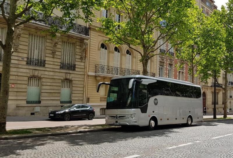 Planet'Rêve est partenaire de l'autocariste Henri Pavard, spécialisé dans les transports « Prestige », à bord de véhicules de 5 à 51 places, dans le Calvados - DR : Planet'Rêve