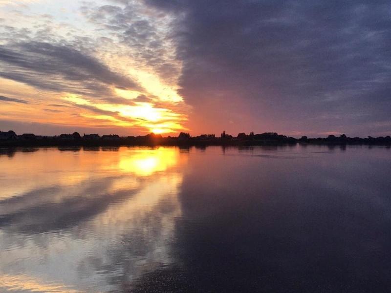 Loire Secrets offre à ses clients de la liberté au vert, dans les grands espaces comme dans des parcs et jardins, des châteaux et sur le dernier fleuve sauvage d'Europe - DR : Loire Secrets